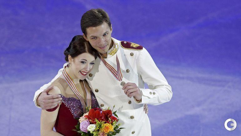 Екатерина БОБРОВА и Дмитрий СОЛОВЬЕВ (танцы на льду). Фото REUTERS