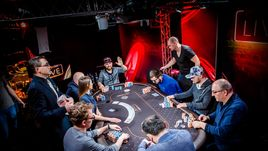 Как покеристы рекорды били