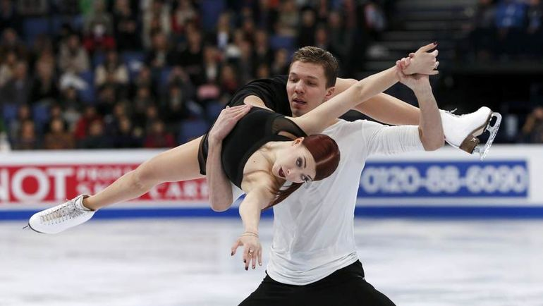 Екатерина БОБРОВА и Дмитрий СОЛОВЬЕВ создали неплохой задел перед олимпийским сезоном. Фото REUTERS