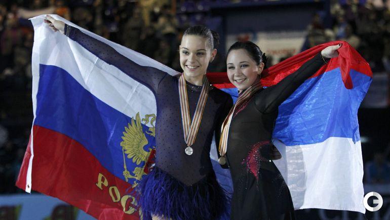 2013 год. Аделина СОТНИКОВА (слева) и Елизавета Туктамышева. Фото REUTERS