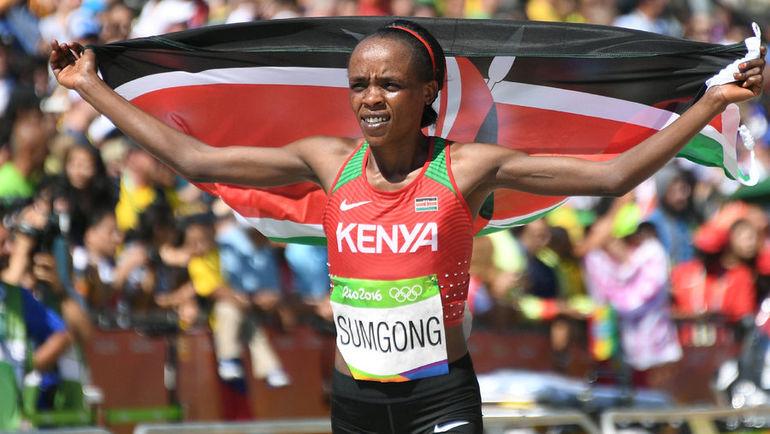 14 августа 2016 года. Рио-де-Жанейро. Джемима СУМГОНГ стала победительницей марафона на Олимпийских играх. Фото REUTERS