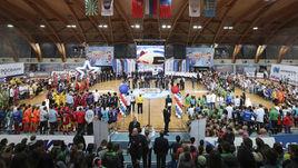 Награды школьникам вручили звезды сборной России