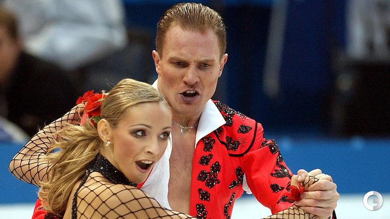 2002 год. Татьяна НАВКА и Роман КОСТОМАРОВ. Фото REUTERS