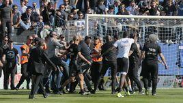 Фанаты на Корсике побили футболистов