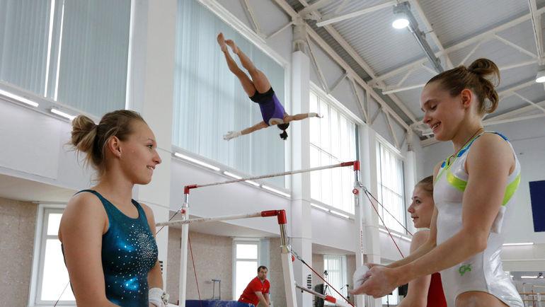 Дарья СПИРИДОНОВА и Наталья КАПИТОНОВА. Фото REUTERS