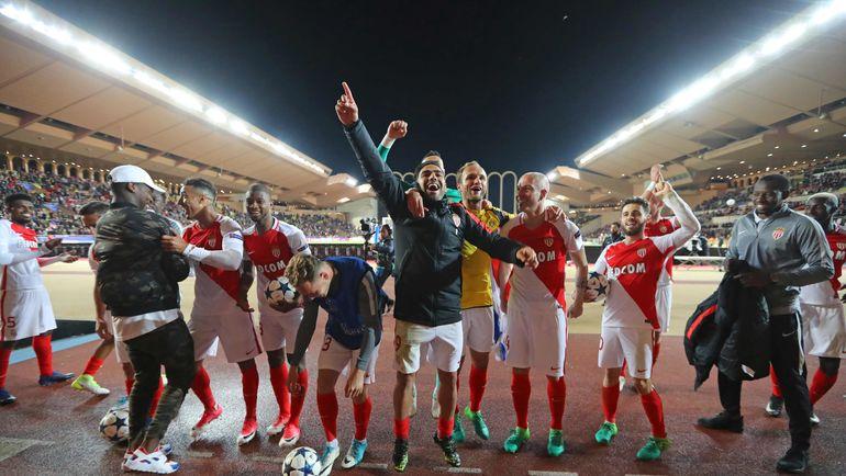 "Среда. Монте-Карло. ""Монако"" - ""Боруссия"" - 3:1. Хозяева радуются успеху. Фото REUTERS"