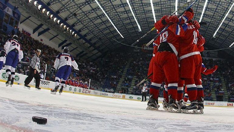 Сегодня. Спишска Нова Вес. Россия - Словакия - 3:2 ОТ. Россиянам лишь в овертайме удалось вырвать победу у хозяев турнира. Фото Официальный сайт ФХР.