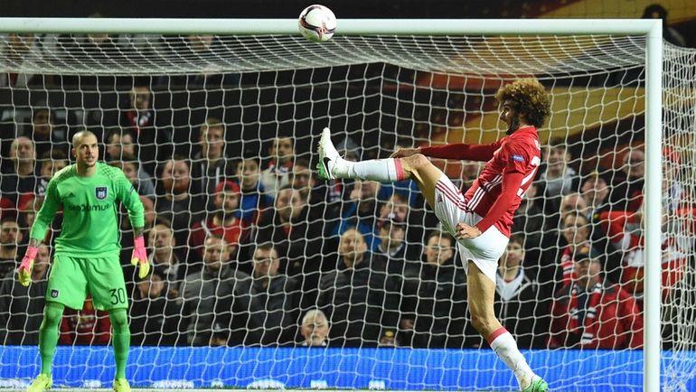 "Вчера. Манчестер. ""Манчестер Юнайтед"" - ""Андерлехт"" - 2:1 д.в. Маруан ФЕЛЛАИНИ. Фото AFP"