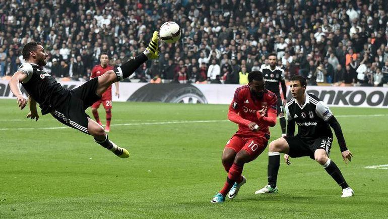 "Вчера. Стамбул. ""Бешикташ"" - ""Лион"" - 2:1 д.в. Пенальти - 6:7. Фото AFP"
