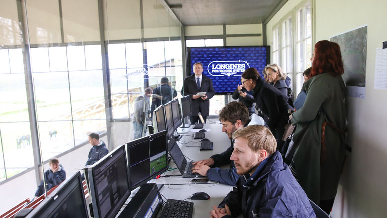 Система уже была опробована во время второго дня скачек Longines Queen Elizabeth Stakes Day.