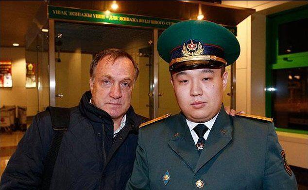 Дик Адвокат вызвал интерес у казахстанских пограничников (фото)