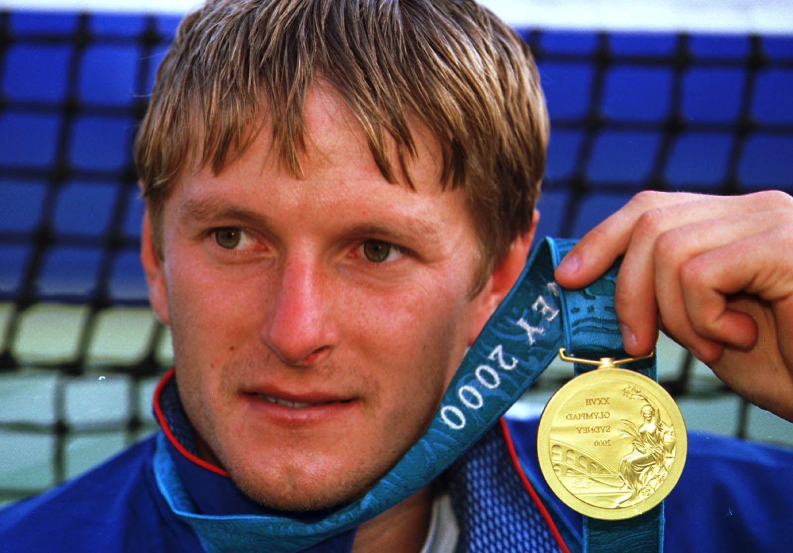 28 сентября 2000 года. Сидней. Евгений КАФЕЛЬНИКОВ - олимпийский чемпион