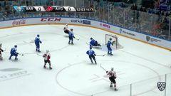 Гол. 0:1. Михеев Илья (Авангард) открывает счет матча. Шайба была засчитана после просмотра видеоповтора игрового момента
