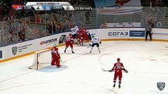 Удаление. Никита Комаров (Динамо) получил 2+20 минут