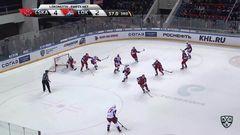 Удаление. Брэндон Козун (Локомотив) удалён на 2 минуты за атаку игрока, не владеющего шайбой
