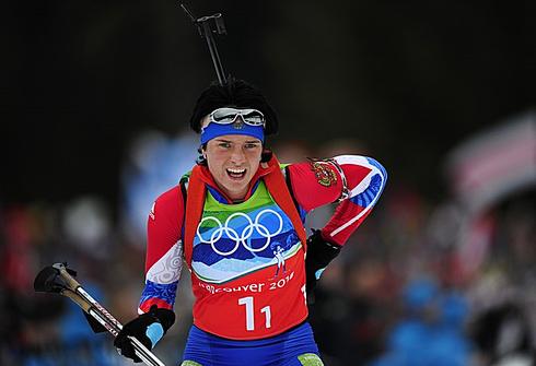 Светлана СЛЕПЦОВА на первом этапе победной для сборной России женской эстафеты Ванкувера-2010. Фото AFP