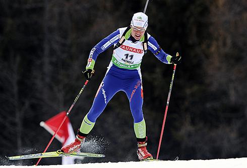 Тея Грегорин. Спринт 7,5 км. Зачет Кубка мира - 2011. 21 января 2011 года. Фото AFP