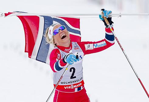 Тереза ЙОХАУГ на этапе Кубка мира в Холменколлене. Фото AFP