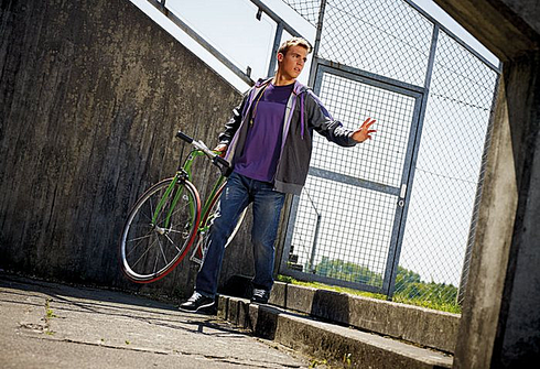 Симон ШЕМП. Фото simon.com.de