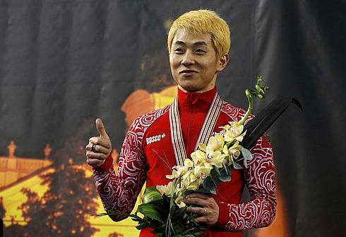 Виктор АН с серебряной медалью ЧМ-2013 в Дебрецене. Фото REUTERS