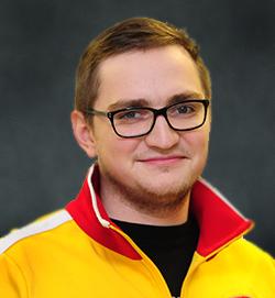Дмитрий<br />КОТОВ