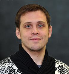 Евгений<br />БЕЛОУСОВ