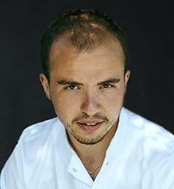 Евгений КОНОВ