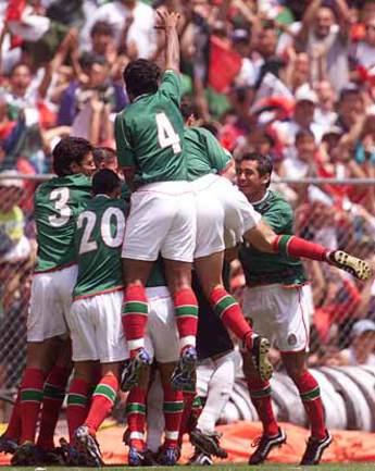 Мексика прерывает череду поражений, а Коста-Рика выходит на первое место Фото «СЭ»