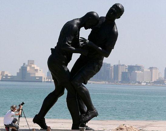 В Катаре установили статую,  посвященную стычке Зидана и Матерацци Фото «СЭ»