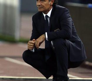 Главный тренер сборной Италии Чезаре ПРАНДЕЛЛИ. Фото Reuters