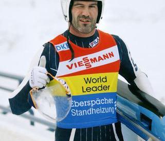 Двукратный олимпийский чемпион по санному спорту Армин ЦОГГЕЛЕР. Фото AFP Фото AFP