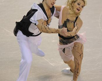 Чемпионы мира в танцах на льду Оксана ДОМНИНА и Максим ШАБАЛИН. Фото Александр ВИЛЬФ, «СЭ»