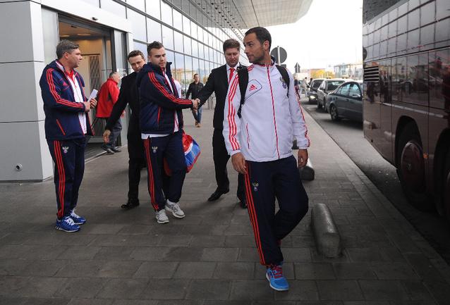 Сборная России прилетела в Люксембург Фото «СЭ»