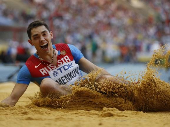 Чемпион мира и рекордсмен России в прыжке в длину Александр МЕНЬКОВ. Фото AFP