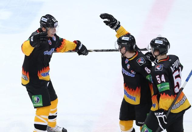 """""""Северсталь"""" одержала волевую победу в Риге Фото photo.khl.ru"""