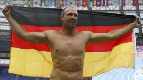 Трехкратный чемпион мира в метании диска Роберт ХАРТИНГ. Фото AFP