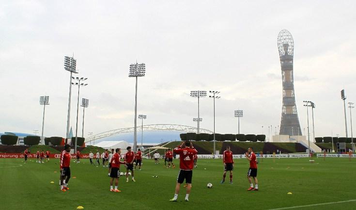 """В январе в Дохе приемлемые условия для работы - поэтому здесь тренируется в том числе и """"Бавария"""". Фото AFP"""
