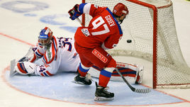 Сегодня. Ческе Будеевице. Чехия - Россия - 3:4 Б. Никита ГУСЕВ забивает победный буллит в ворота Петра МРАЗЕКА.