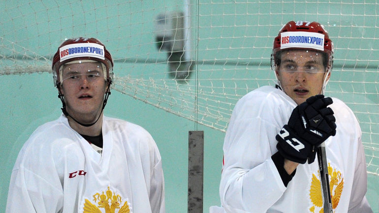 Сергей ШУМАКОВ (слева) и Максим ШАЛУНОВ пополнили состав ЦСКА. Фото Алексей ИВАНОВ, «СЭ»