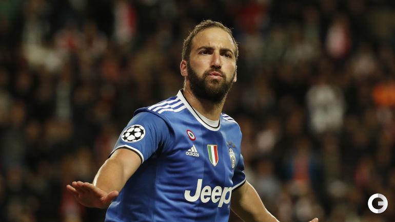 """Среда. Монте-Карло. """"Монако"""" - """"Ювентус"""" - 0:2. Гонсало ИГУАИН."""