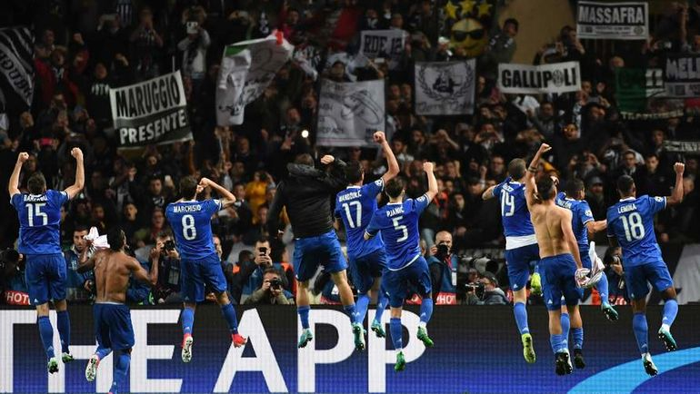 "Среда. Монте-Карло. ""Монако"" - ""Ювентус"" - 0:2. Туринцы празднуют победу. Фото AFP"