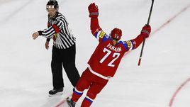 Сегодня. Кельн. Швеция - Россия - 1:2 Б. Артемий ПАНАРИН празднует победный буллит.