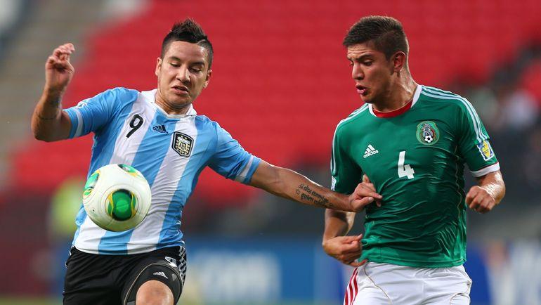Себастьян ДРИУССИ (слева) в составе сборной Аргентины.