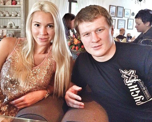 Евгения ПОВЕТКИНА (слева) и Александр ПОВЕТКИН.