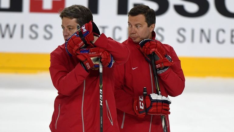 Сегодня. Кельн. Харийс ВИТОЛИНЬШ (слева) и Илья ВОРОБЬЕВ. Фото ФХР