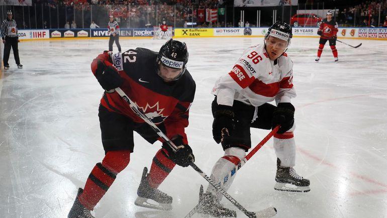 Защитник сборной Канады Крис ЛИ (№42). Фото Reuters