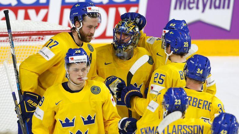 Сборная Швеции с приездом в команду вратаря Хенрика ЛУНДКВИСТА не знает поражений. Фото Reuters