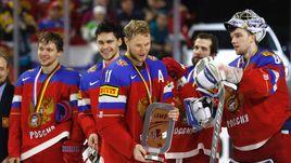 Вчера. Кельн. Россия - Финляндия - 5:3. Наша команда на церемонии награждения бронзовыми медалями.