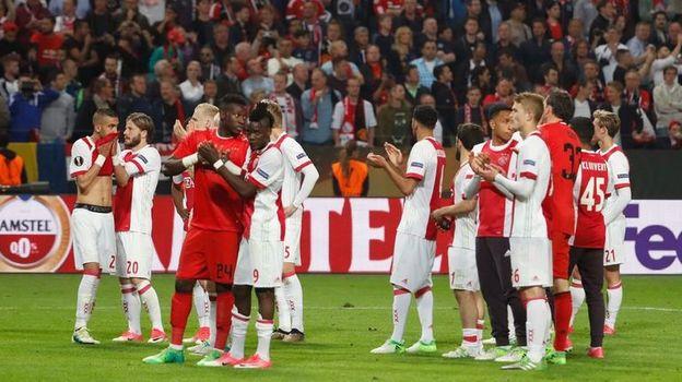 """Среда. Стокгольм. """"Аякс"""" - """"Манчестер Юнайтед"""" - 0:2. Грусть амстердамцев. Фото AFP"""