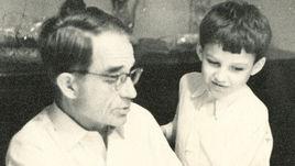 Николай СТАРОСТИН с внуком Михаилом ШИРИНЯНОМ.